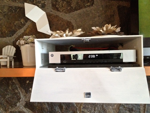 Decorative Box To Hide Cords : Hide the cable box country design style