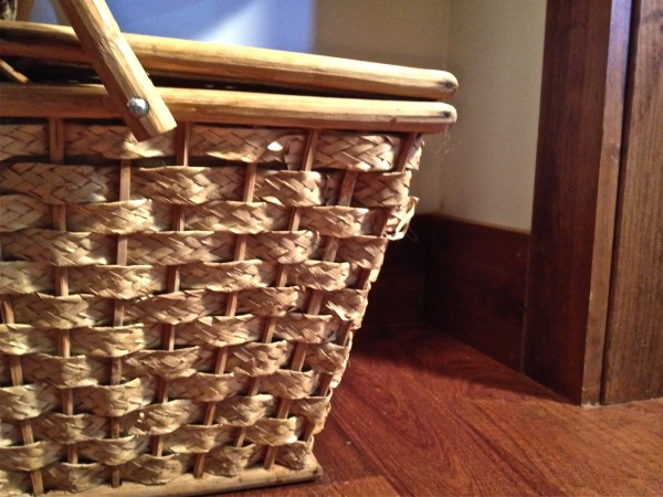 picnic basket storage