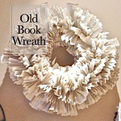 Old Book Wreath SQ