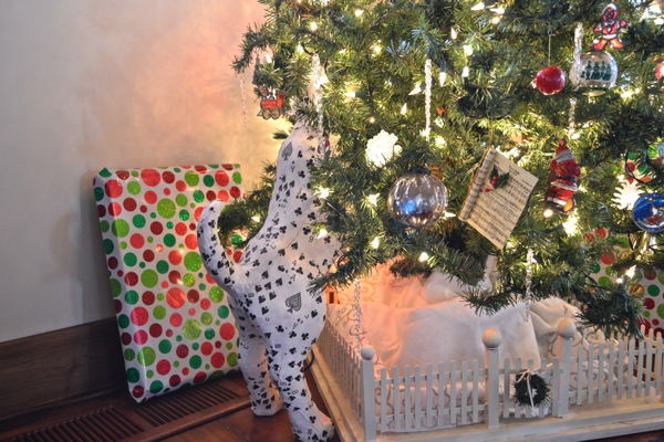 12 Days of Christmas Oh no the dogs in the tree