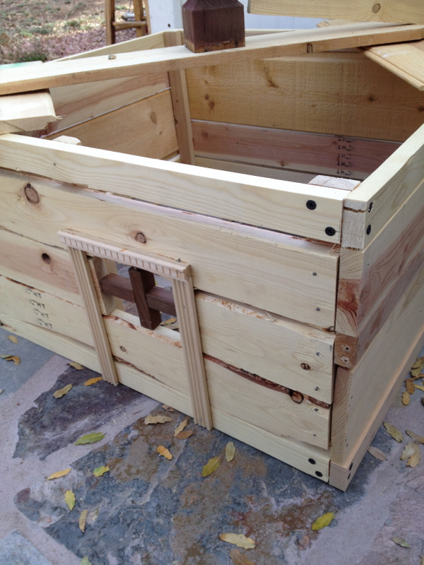 Grinder-playhouse-country-design-style-2