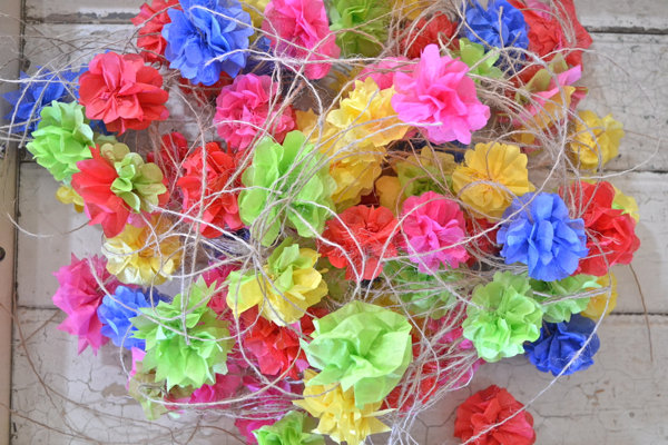Small-tissue-paper-flowers-country-design-style