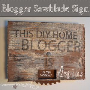 blogger sign http://countrydesignstyle.com #bloggersign #sign #burlap #rusty