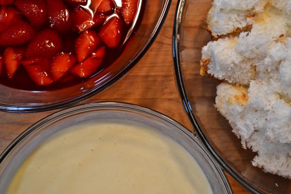Three bowls full https://countrydesignstyle.com #recipe #summerdessert #strawberries