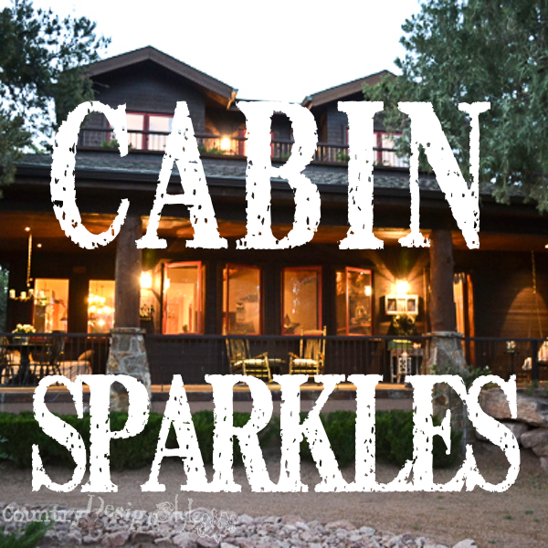 cabin sparkles http://countrydesignstyle.com #cabin #cabinatnight #cabinsparkles