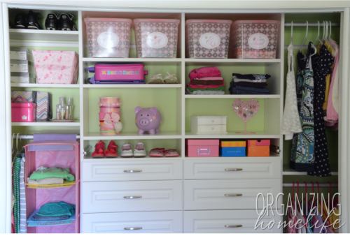 Organized kids closet country design style for Kids room closet ideas