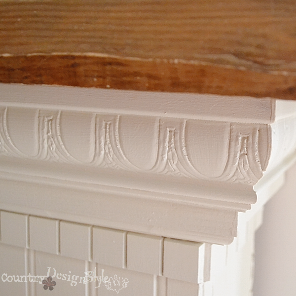 close up of mantel trim http://countrydesignstyle.com #mantel #trim #moldings
