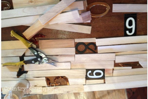 shims and numbers numbered table http://countrydesignstyle.com #repurposedfurniture
