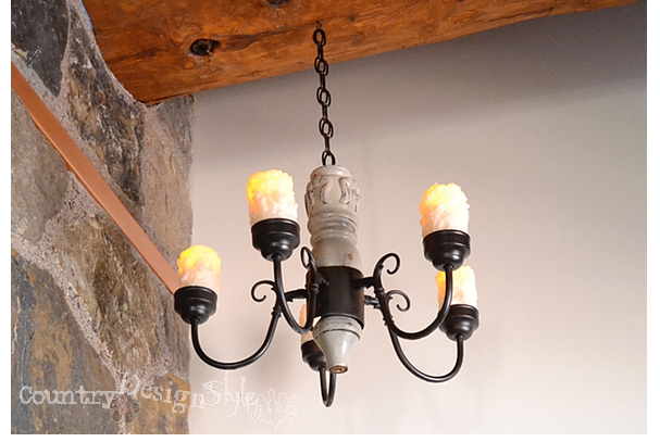 love my chanty https://countrydesignstyle.com #DIY #chandelier #candlechandelier