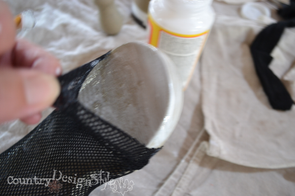 adding fishnet http://countrydesignstyle.com