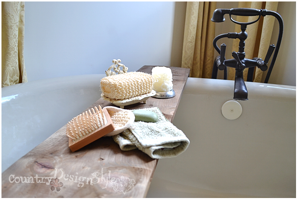 bath-tub-board-in-place-country-design-style