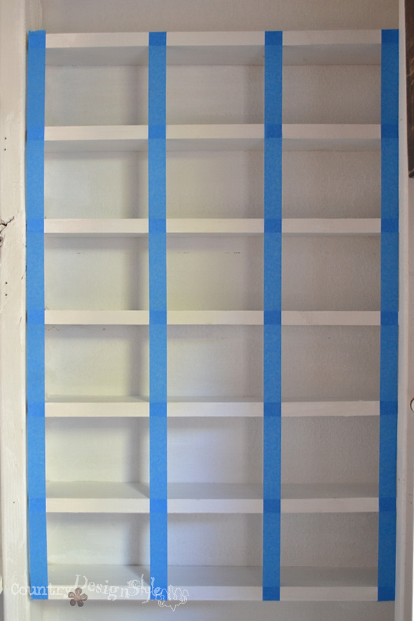taped shelves http://countrydesignstyle.com