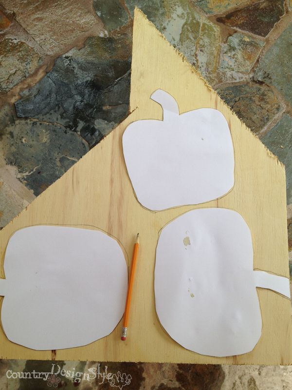 simple cut outs http://countrydesignstyle.com #scraps #junk #pumpkins