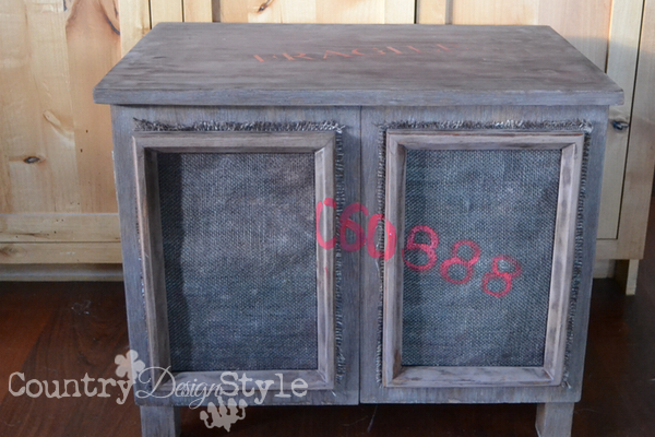 crate-lettering-red-country-design-style-10