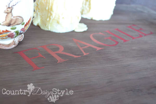crate-lettering-red-country-design-style-12