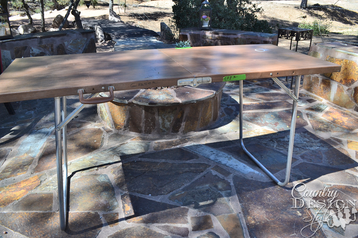 folding-table-before-country-design-style