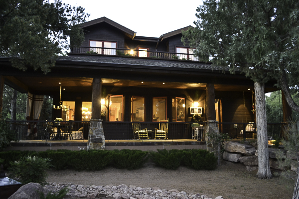 Cabin-Front-at-night-country-design-style