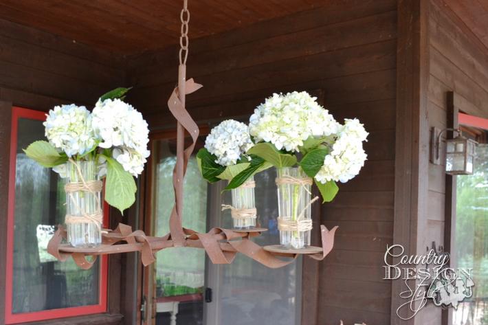 the-procrastinators-summer-porch-tour-country-design-style-chandelier