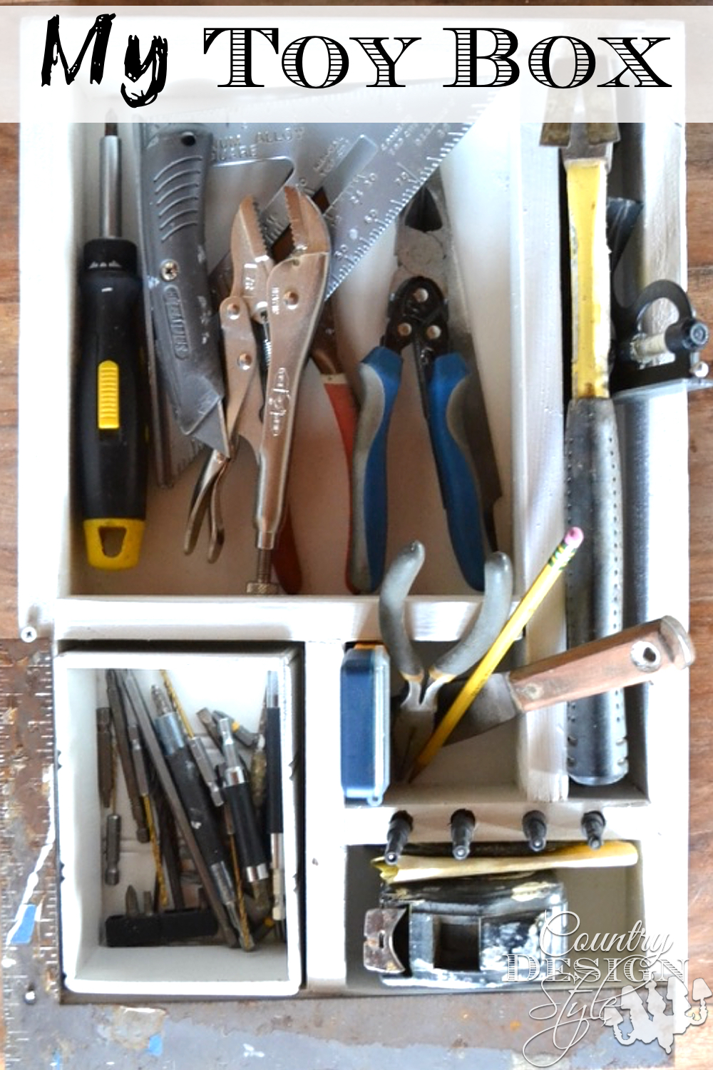 Wouldn't it be great to have your most used crafting tools laid out on a tray? I thought so and I did it. Country Design Style