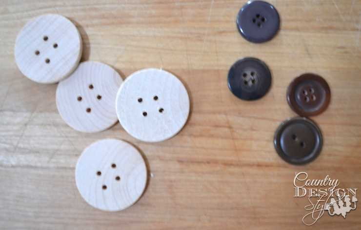 stacked-wood-snowmen | countrydesignstyle.com buttons