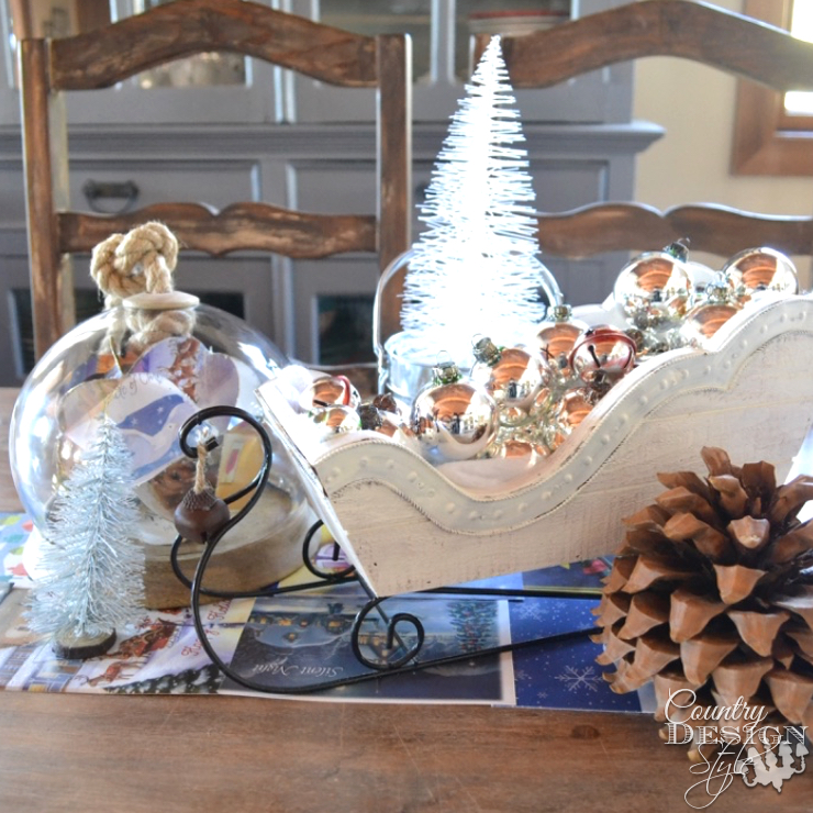Chirstmas Centerpiece with card table runner | Country Design Style | countrydesignstyle.com
