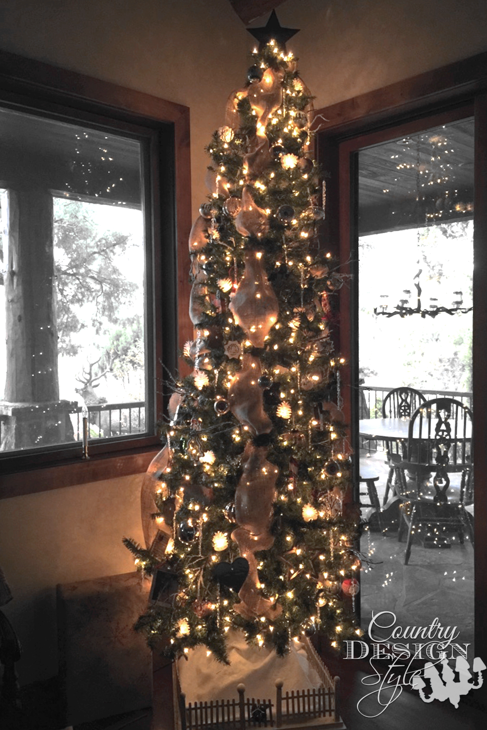 Christmas tree | Country Design Style | countrydesignstyle.com