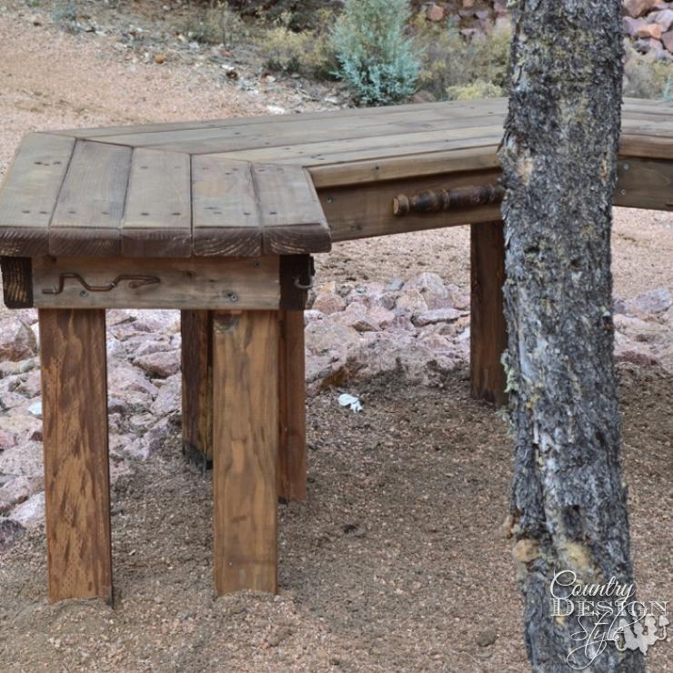 DIY Garden Bench | Country Design Style | countrydesignstyle.com