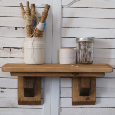 Craftsman Farmhouse Shelf Rustic | Country Design Style | countrydesignstyle.com