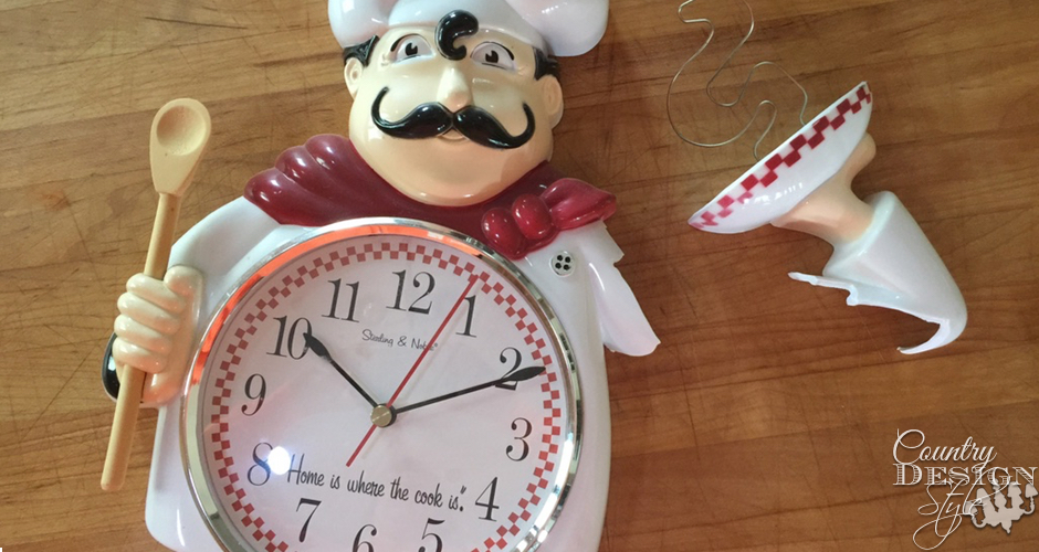 Bits and Pieces Clock Broken | Country Design Style | countrydesignstyle.com