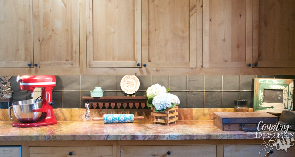 DIY Farmhouse Industrial Backsplash Right side | Country Design Style | countrydesignstyle.com