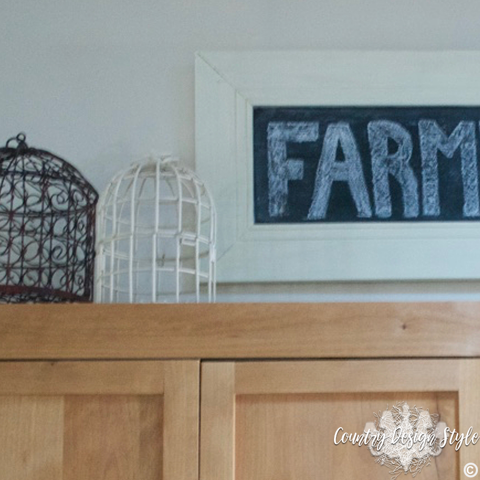 Farmhouse Chalkboard Sign SQ | Country Design Style | countrydesignstyle.com
