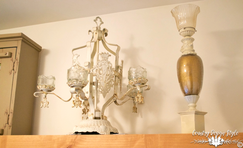 Thrift Store Lamps and Chandeliers | Country Design Style | countrydesignstyle.com