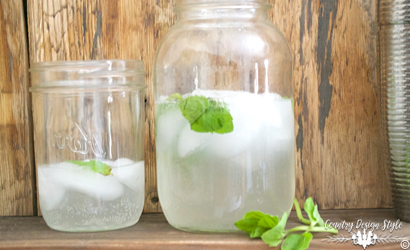 Mason Jar Drink Idea FP | Country Design Style | countrydesignstyle.com