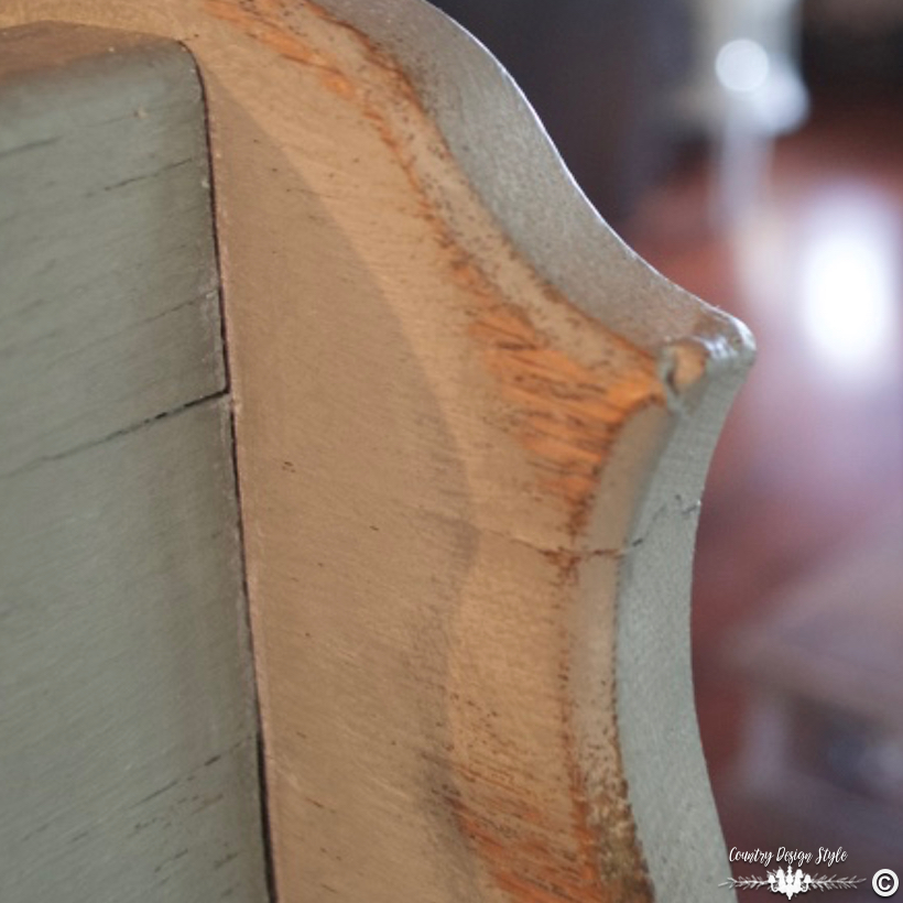 Sanding-Furniture-Tips-edges | Country Design Style | countrydesignstyle.com