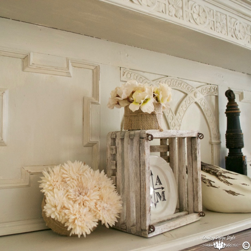 DIY-faux-mantel-display | Country Design Style | countrydesignstyle.com