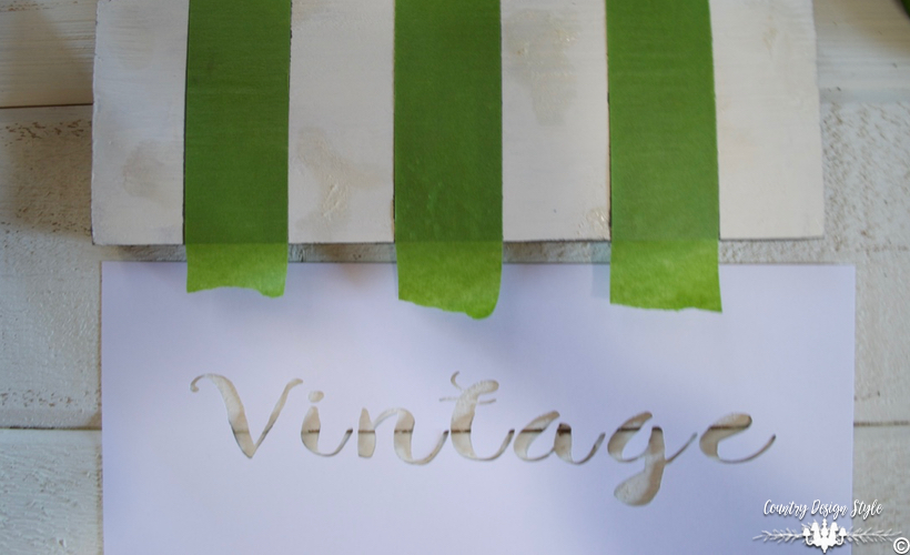 DIY-wood-signs-with stripes | Country Design Style | countrydesignstyle.com