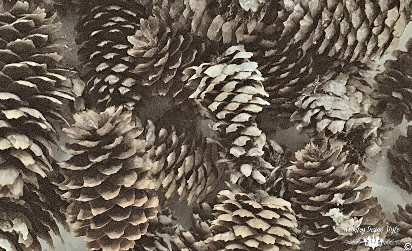 pine-cone-wreath2-country-design-style-countrydesignstyle-com