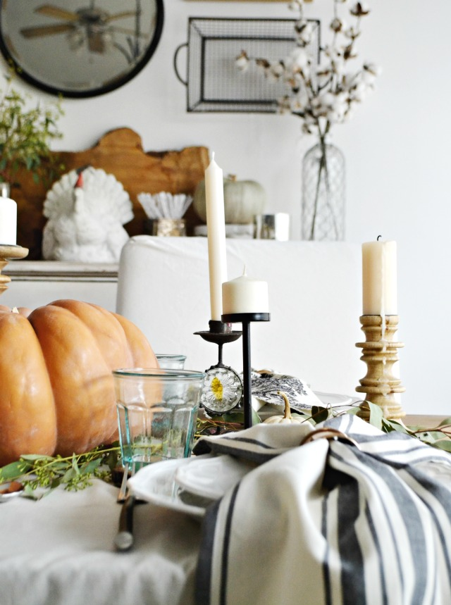 casual-thanksgiving-table-myfabulesslife-com_