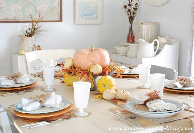 Diy thanksgiving tables country design style for Easy table settings for thanksgiving