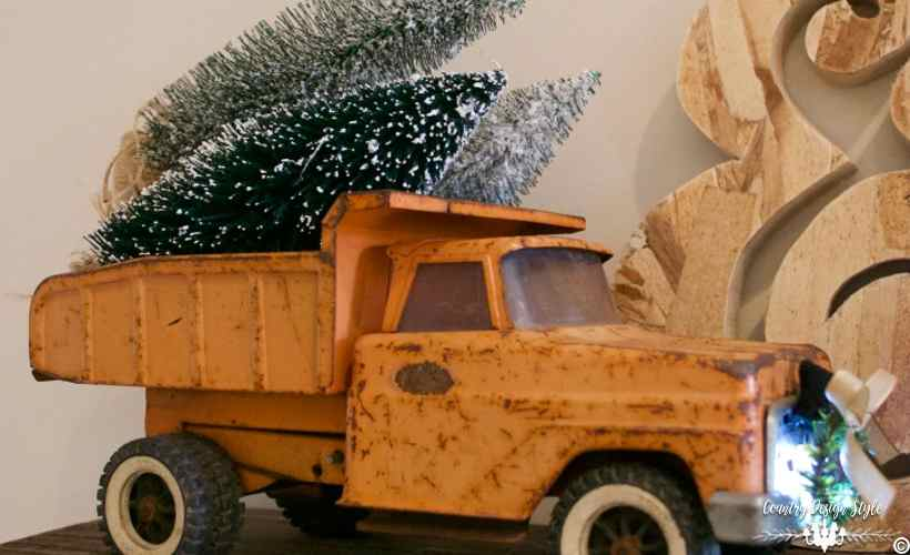 Red Pickup With Christmas Tree Gift To You