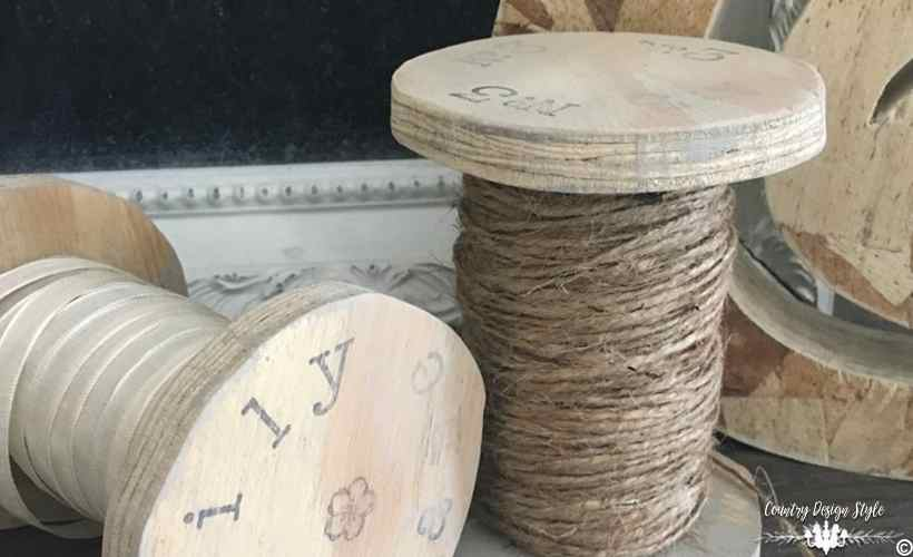 Farmhouse Style Spools DIY main 1 | Country Design Style | countrydesignstyle.com