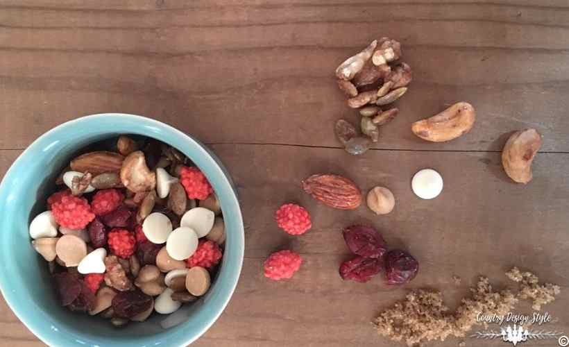 Trail Mix Recipe Main | Country Design Style | countrydesignstyle.com