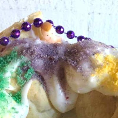 King Cake Easy Main   Country Design Style   countrydesignstyle.com