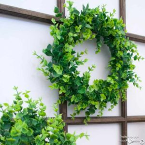 Make-your-own-wreath-sq | Country Design Style | countrydesignstyle.com