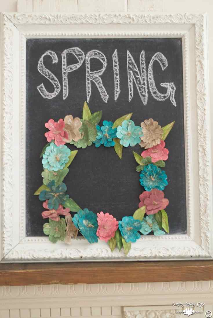 How-to-make-an-insane-metal-flower-wreath-chalkboard   Country Design Style   countrydesignstyle.com