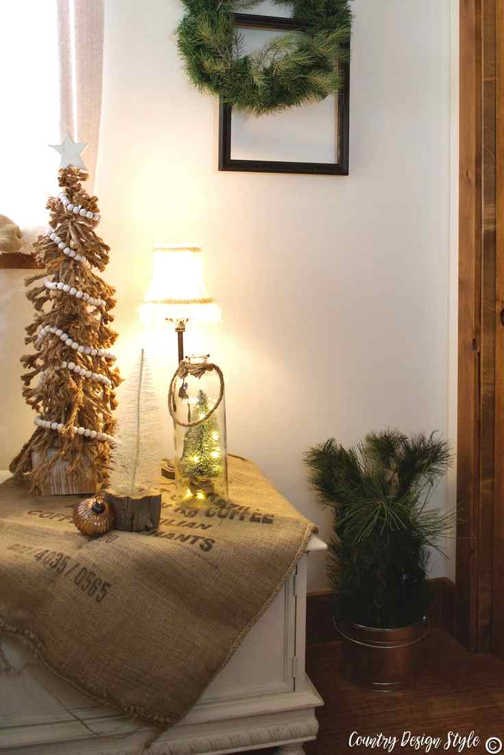 Romantic Christmas burlap and trees | Country Design Style | countrydesignstyle.com
