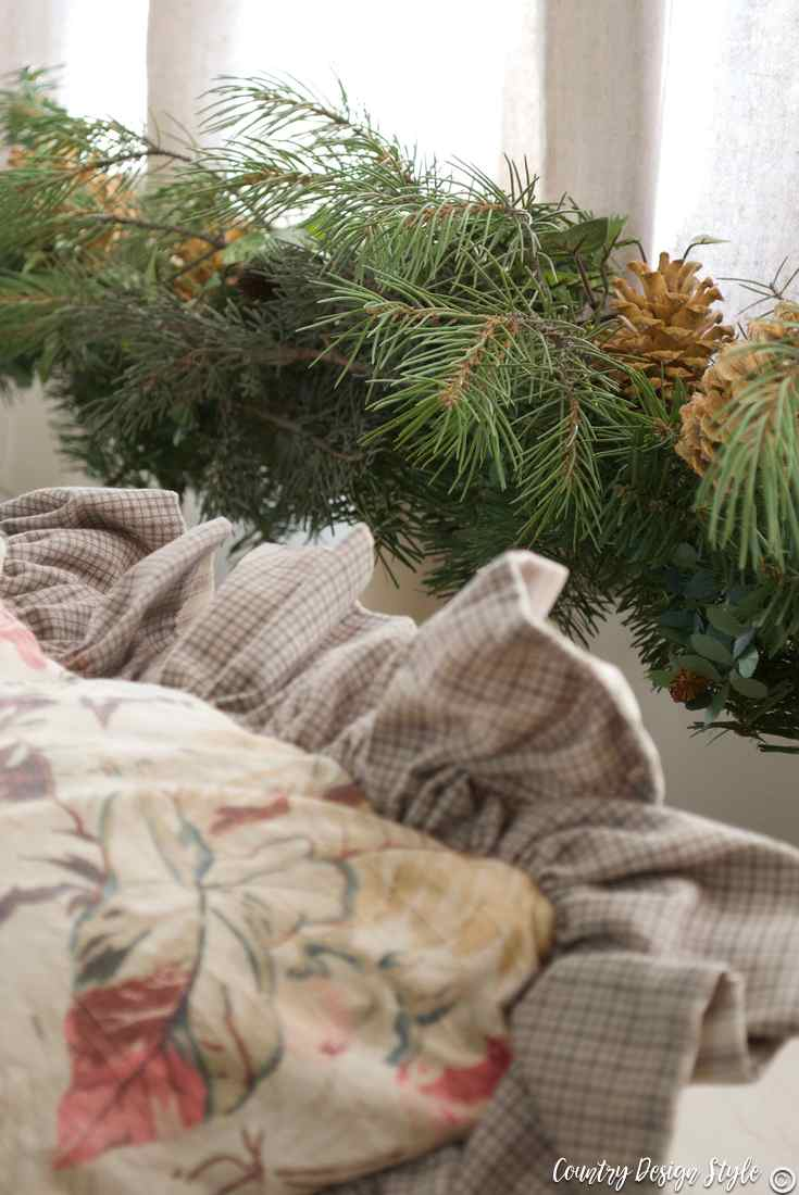 Romantic Christmas visions of bleached pinecones | Country Design Style | countrydesignstyle.com