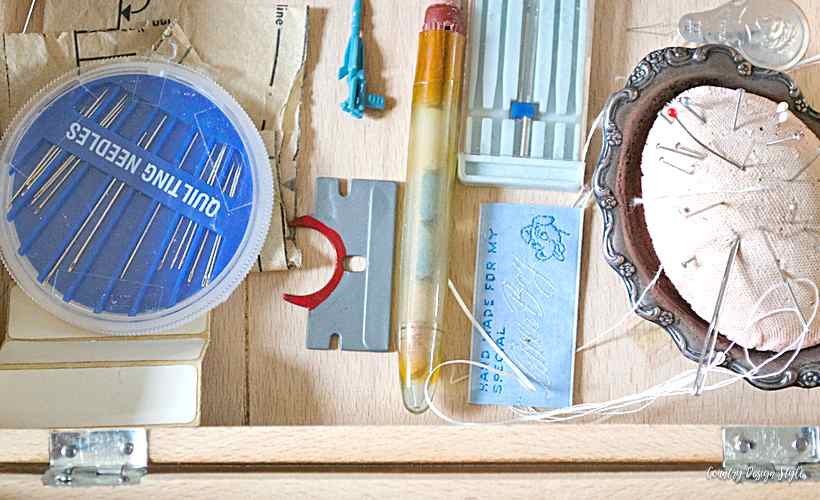 Sewing storage box with mementos stored | Country Design Style | countrydesignstyle.com