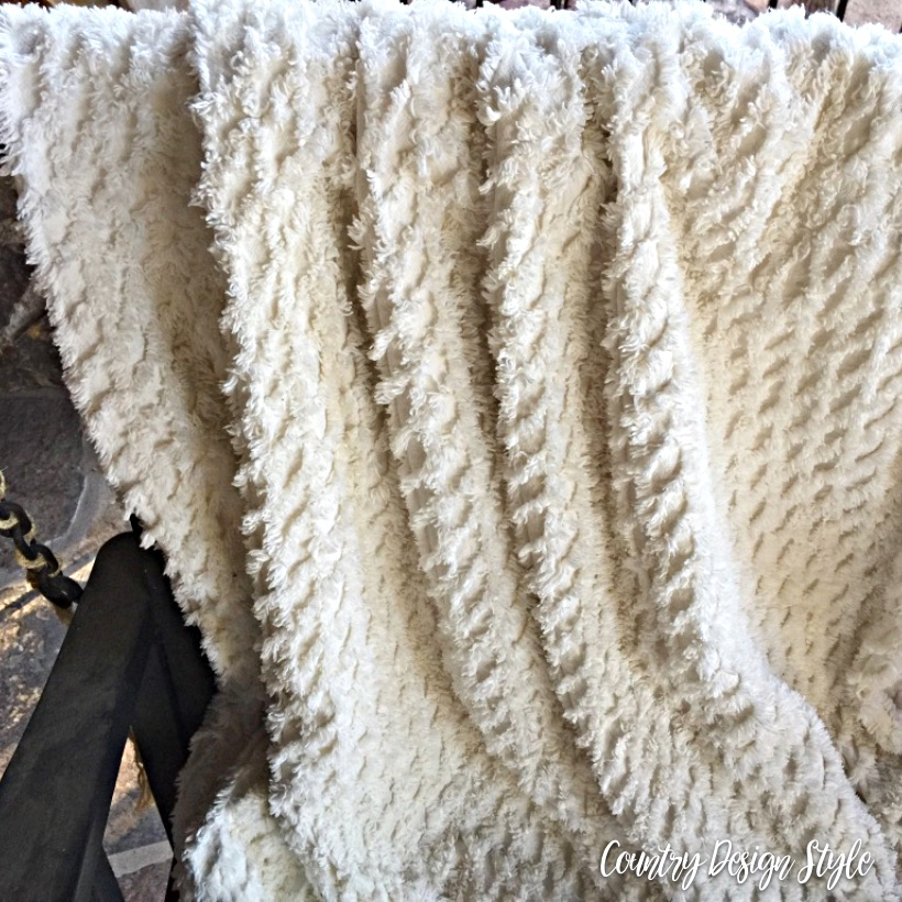 Draped Throw | Country Design Style | countrydesignstyle.com