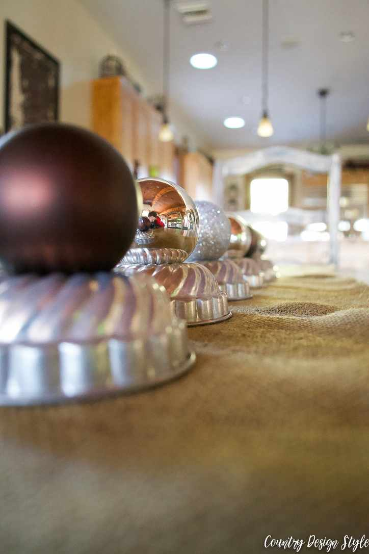Our Christmas tablescape | Country Design Style | countrydesignstyle.com